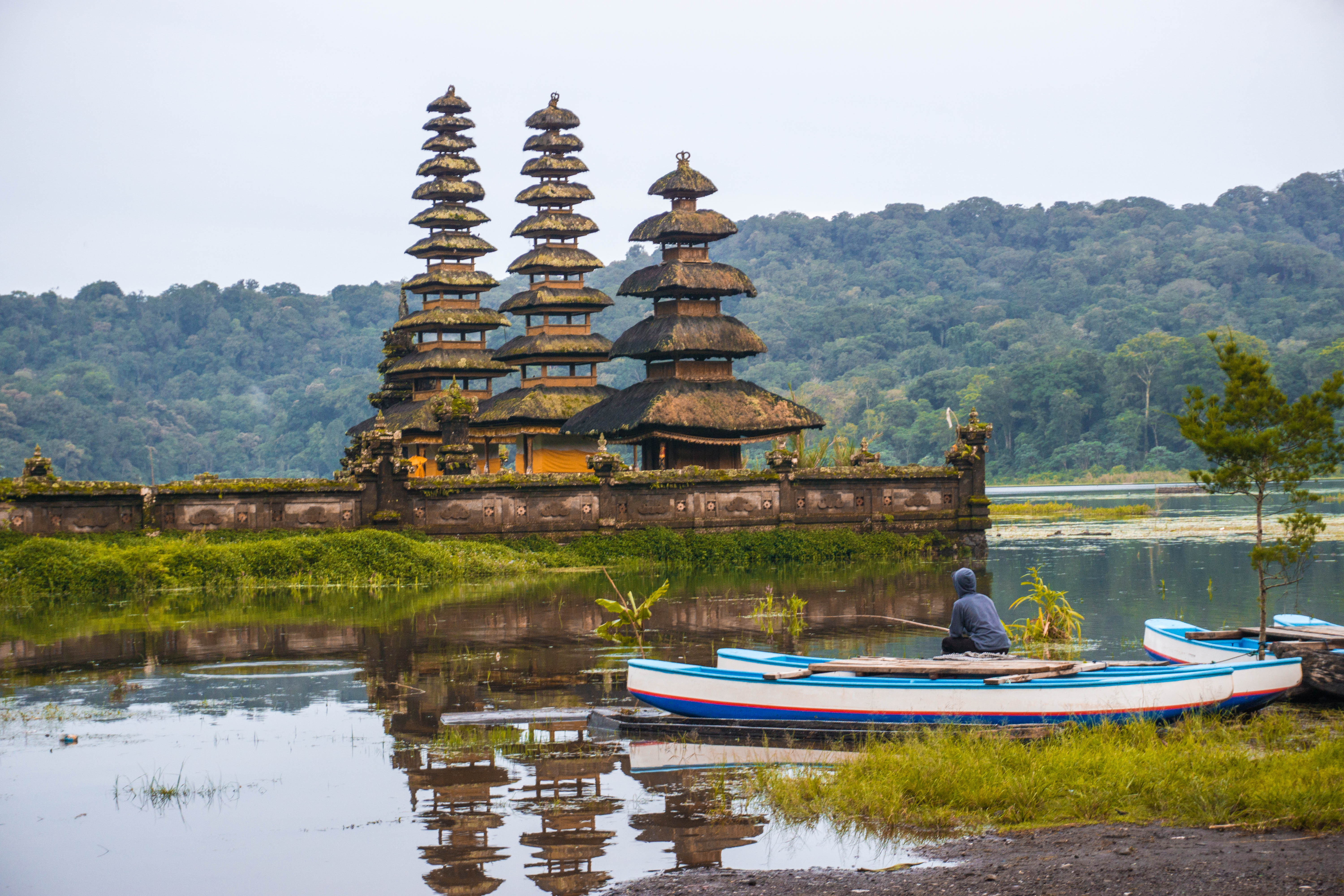 Ultimate Guide to the Bali Twin Lakes